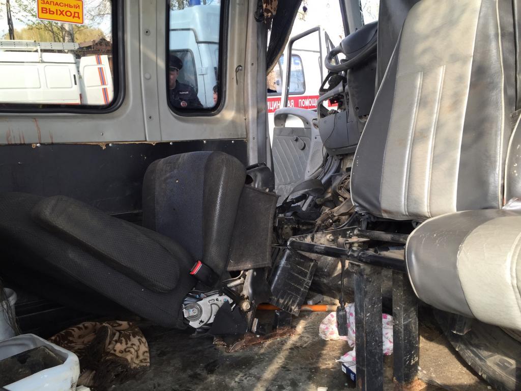 ВЗвениговском районе вДТП 4 человека получили травмы, один— умер