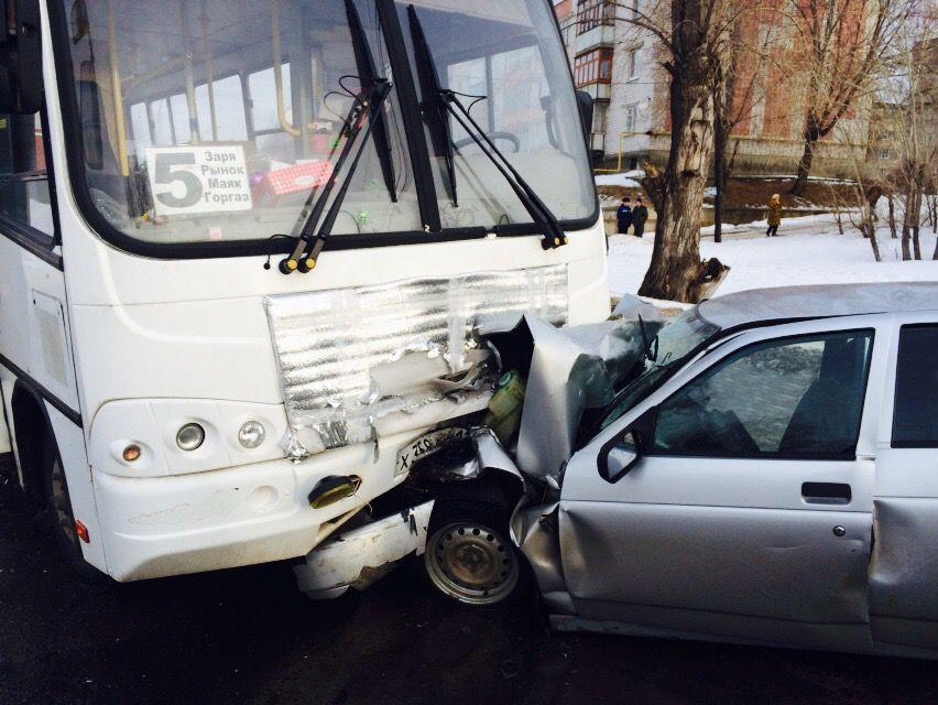 ВМарий Эл старый пешеход умер под колесами грузового автомобиля