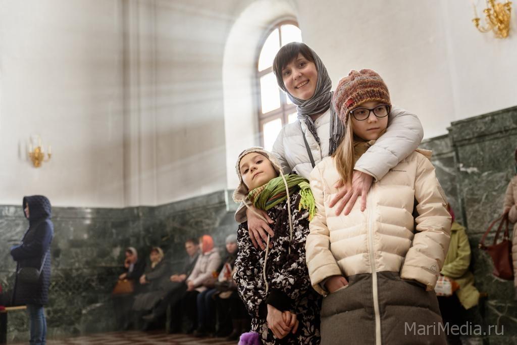 Ставрополь первым в РФ принял Благодатный огонь