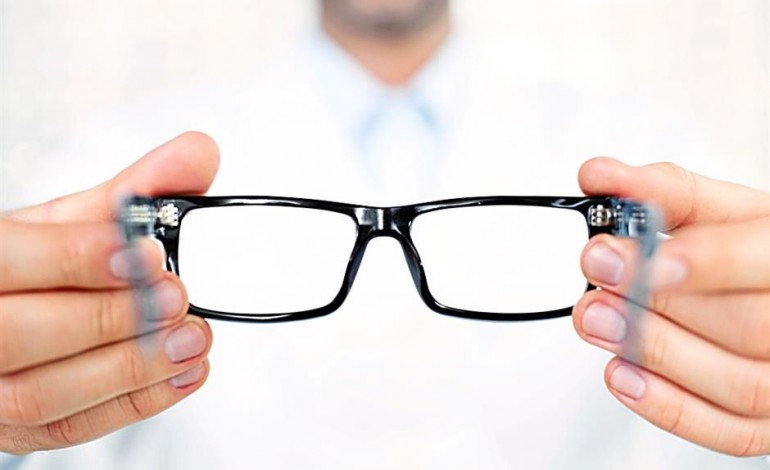 a choice between contacts or glasses Frequently asked questions what can we is a contact lens prescription different than a glasses the wrong contacts could cause damage without.
