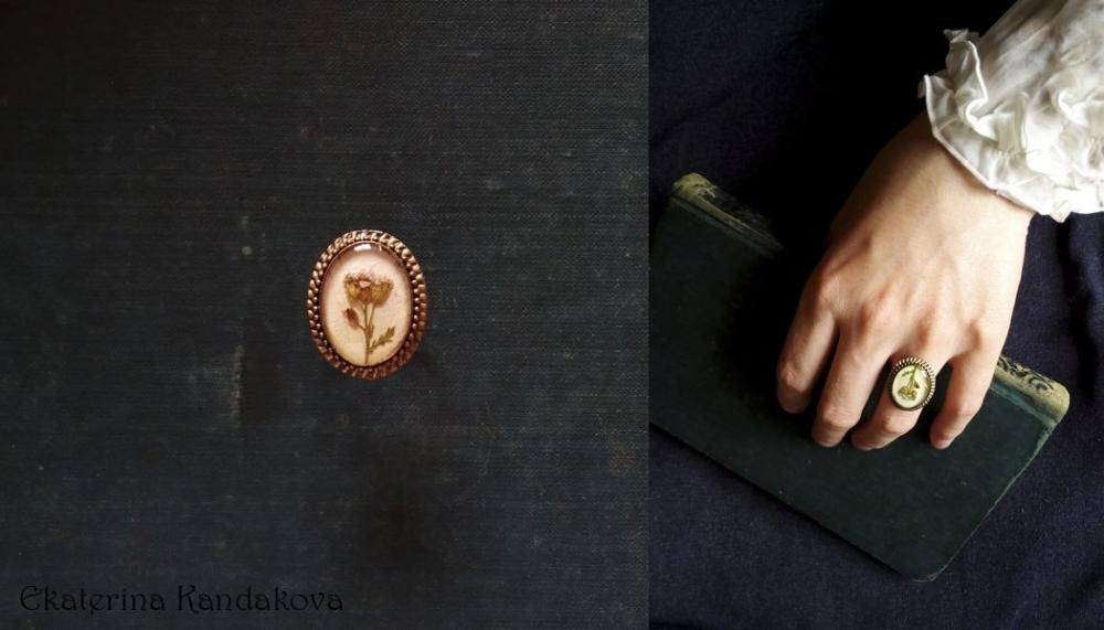 Подарки на новый год хендмейд handmade в йошкар-оле авторские украшения кольцо колье кулон украшения из натуральных цветов и листьев ювелирная смола эпоксидная смола