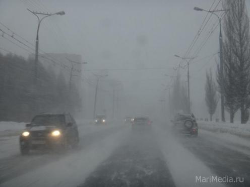 В Йошкар-Оле — снег, метель, гололед
