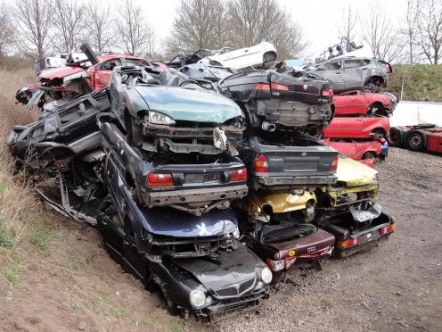 Россияне активно пользуются новой программой утилизации старых автомобилей