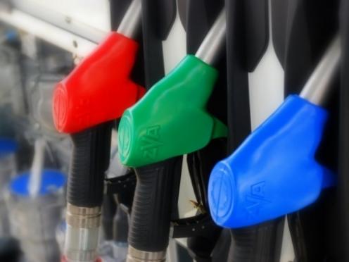 В Марий Эл цена на бензин перевалила за отметку 33 рубля, дизельного топлива — 32 рубля