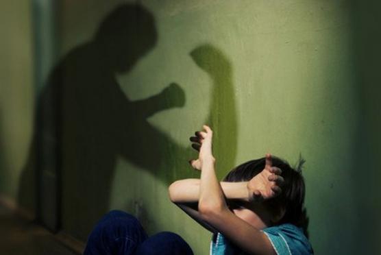 За истязания малолетнего сына отец пойдёт под суд
