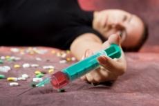 Осужденных наркоманов будут лечить принудительно