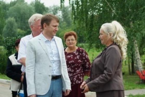 Владимир Шемякин помог построить парк в селе Шулка