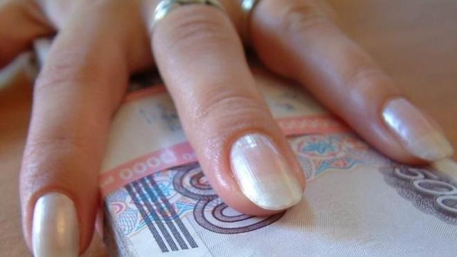 60-летняя жительница Волжска помогала «оформлять» ипотечные кредиты
