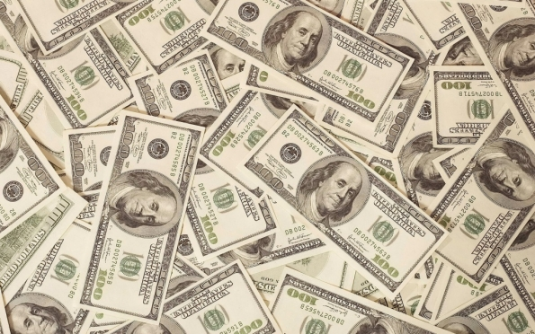 Биржевой курс доллара превысил 83 рубля
