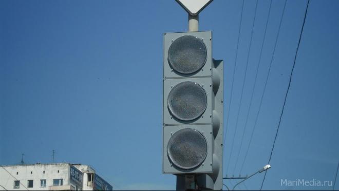 В Йошкар-Оле установили новый светофор