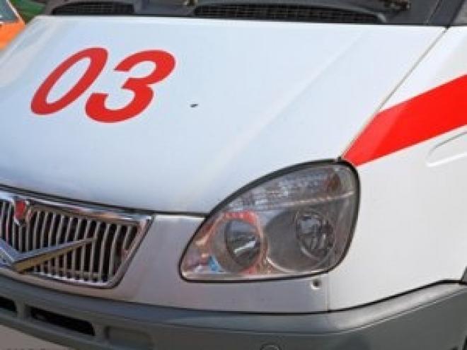 В Йошкар-Оле иномарка на пешеходном переходе сбила девушку