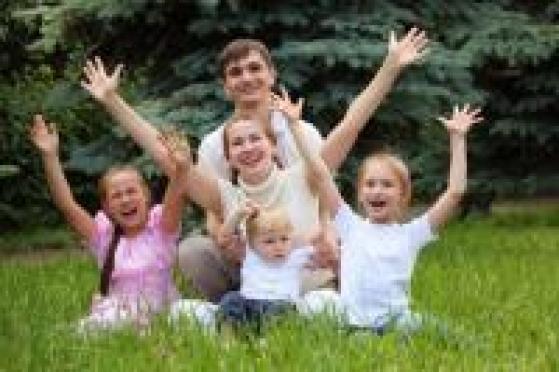 Семьи, где есть трое и более несовершеннолетних детей, станут в Марий Эл многодетными