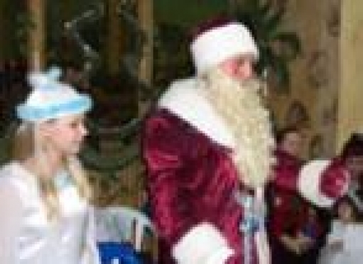 """В Марий Эл сотрудники милиции """"сменили"""" форму на карнавальные костюмы"""
