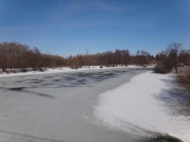 Толщина льда на водных объектах Марий Эл до полуметра