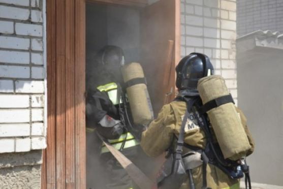 Стали известны подробности пожара в высотке на улице Волкова