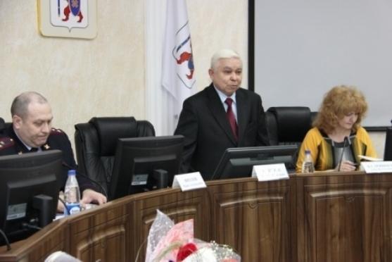 Общественность озаботилась соблюдением антитабачного и антиалкогольного законодательства