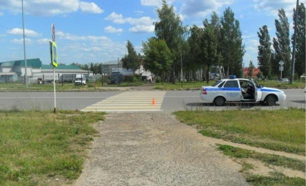 Пьяный водитель на «Ниве» на пешеходном переходе сбил 21-летнюю девушку