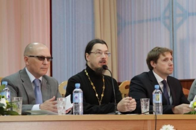 Вопросы христианского просвещения и русской культуры обсудили в Марий Эл