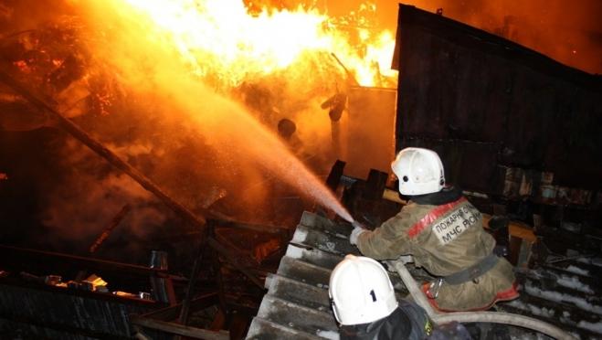 В Марий Эл в прошедшие выходные сгорели сразу три бани