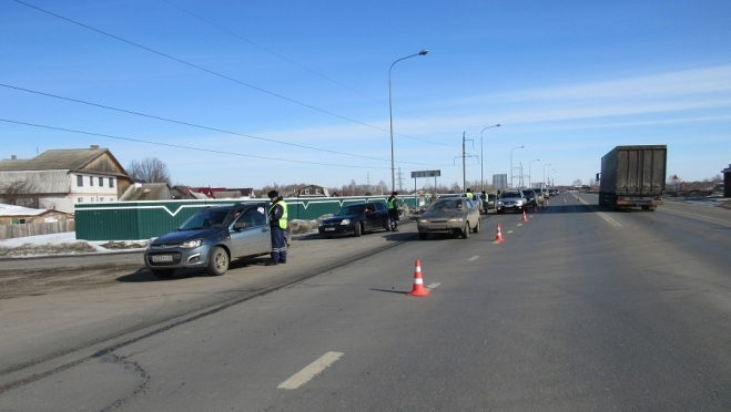 22 водителя нарушили правила перевозки детей в автомобилях