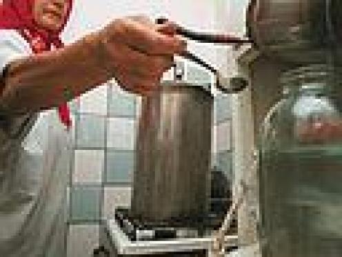 Жительница Сернура (Марий Эл) разработала свой рецепт приготовления алкоголя