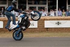 На Чемпионате России по эндуро каскадеры продемонстрируют stunt riding