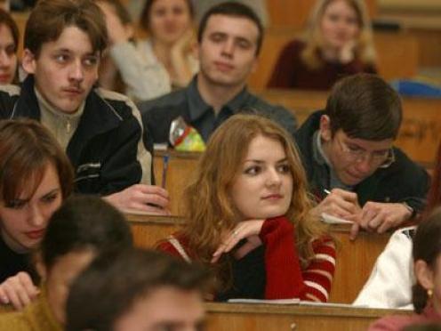 Выпускников Марий Эл после окончания вузов ждет распределение?