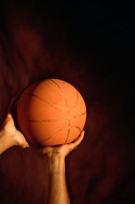 Турнир по баскетболу среди девушек постер