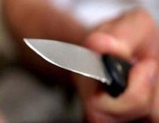 Житель Йошкар-Олы взял в руки нож после того, как собутыльник хотел изнасиловать его жену