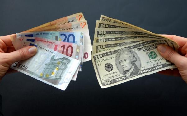 Иностранная валюта побила собственные рекорды