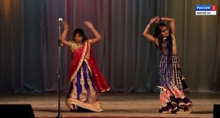 Люди мира – Фестиваль культур «Песню дружбы запевает молодёжь»