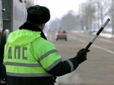 Пьяный водитель ответит за вынужденную пробежку сотрудника ГИБДД