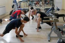 Для трудных подростков провели мастер-класс в фитнес-центре