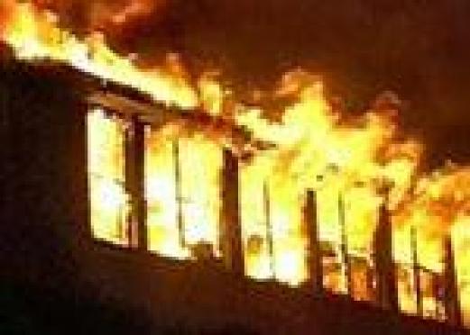 В п.Юрино в огне погибла семья (Марий Эл)