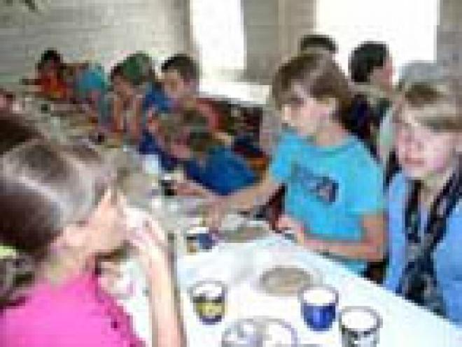 Школьники Марий Эл предпочитают обедать дома