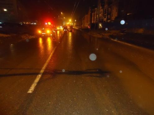 Подробности ночной аварии на улице Эшкинина