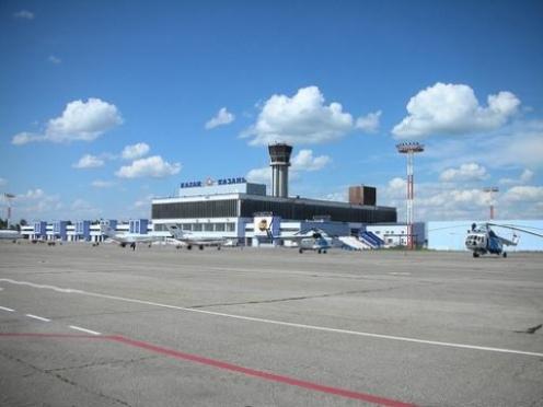 Пьяный житель Марий Эл в аэропорту Казани напал на полицейского