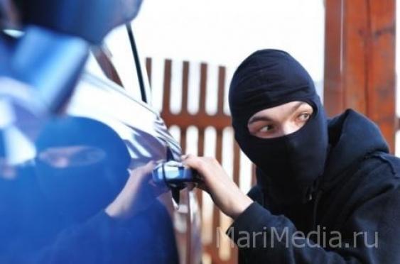 В Йошкар-Оле отмечен всплеск краж из автомобилей
