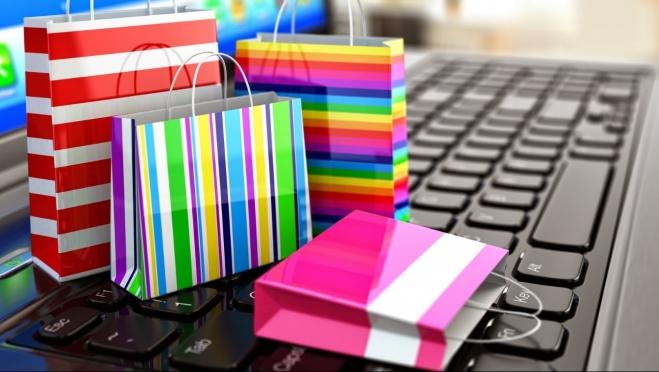 Онлайн-магазины одежды и обуви уходят с российского рынка