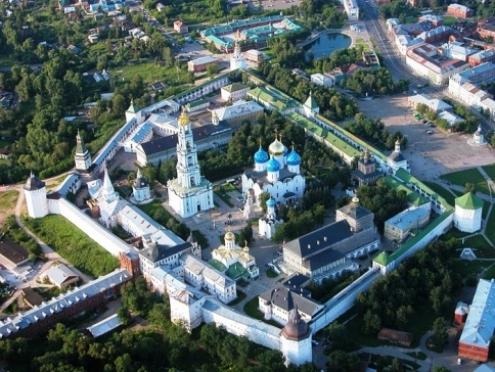 Из патриарших покоев Троице-Сергиевой лавры похищены православные реликвии