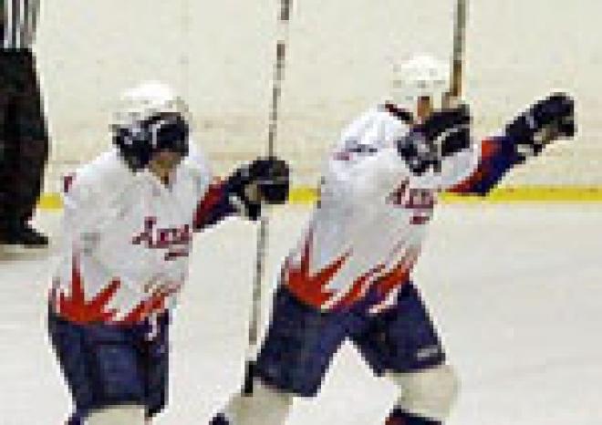 В Волжске (Марий Эл) игроки самарского хоккейного клуба «ЦСК ВВС» «отсутствовали» на льду