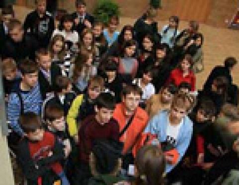 Школьников Марий Эл пригласили на президентскую ёлку