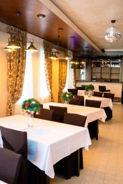 """Банкетный зал ГРК """"КРИСТАЛЛ. Уютная атмосфера, стильный дизайн интерьера, качественное обслуживание"""