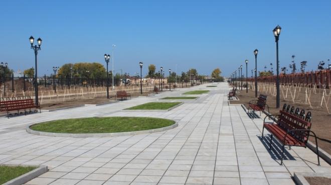 В Воскресенском парке столицы высадят более 100 саженцев