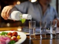 С 1 января  бары и рестораны могут лишиться права на продажу алкоголя