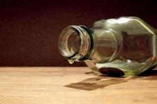 Жителям Марий Эл предлагают воздержаться от употребления крепких спиртных напитков