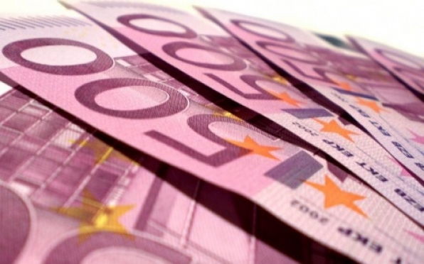 Курс евро преодолел отметку 50 рублей
