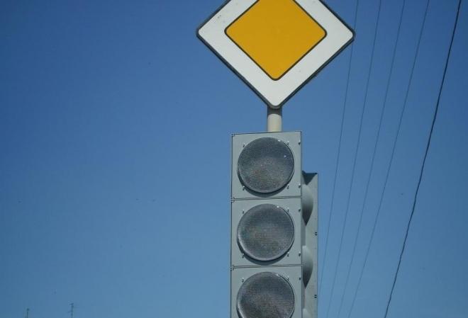 В Йошкар-Оле не работает светофор на одном из самых загруженных перекрестков