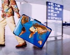 Российским туристам помогут за границей