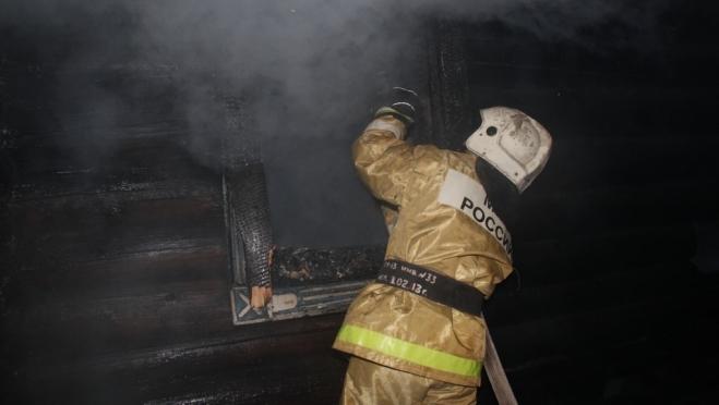 Утренний пожар в многоквартирном доме на улице Мира